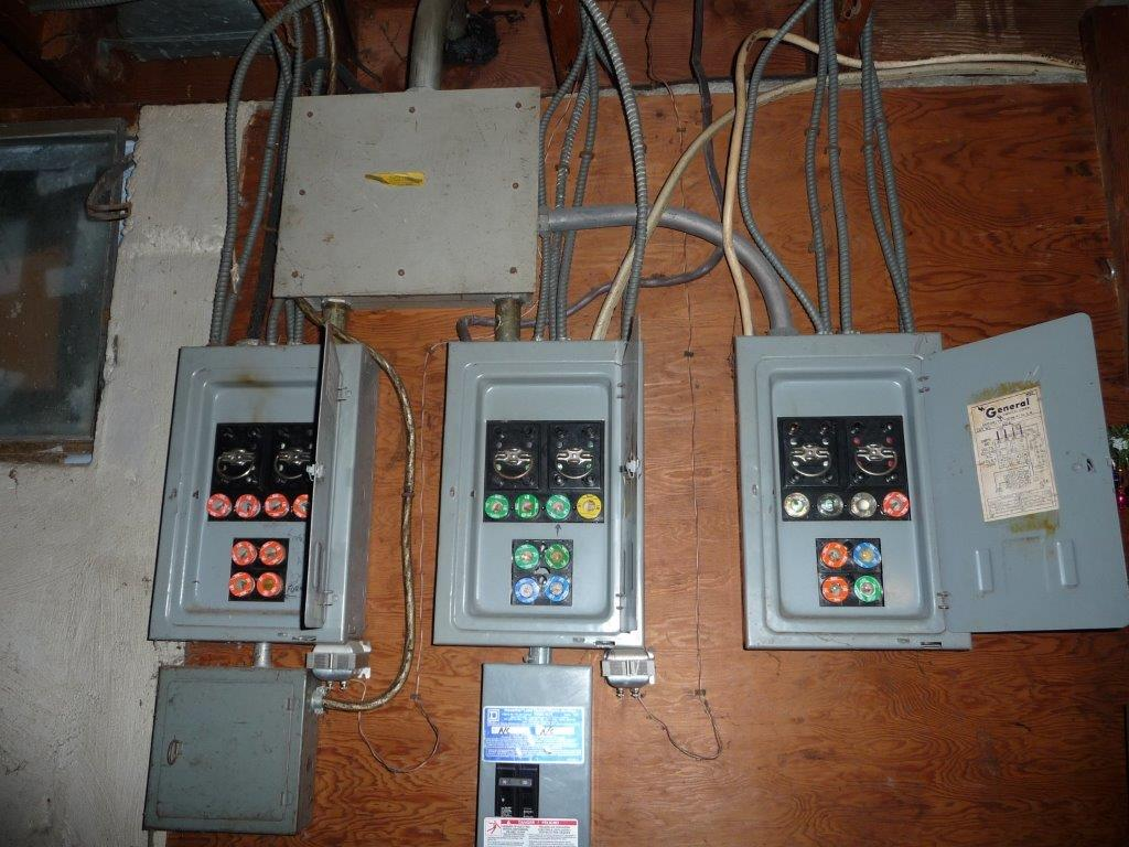 How to change fuse box circuit breakers wiring